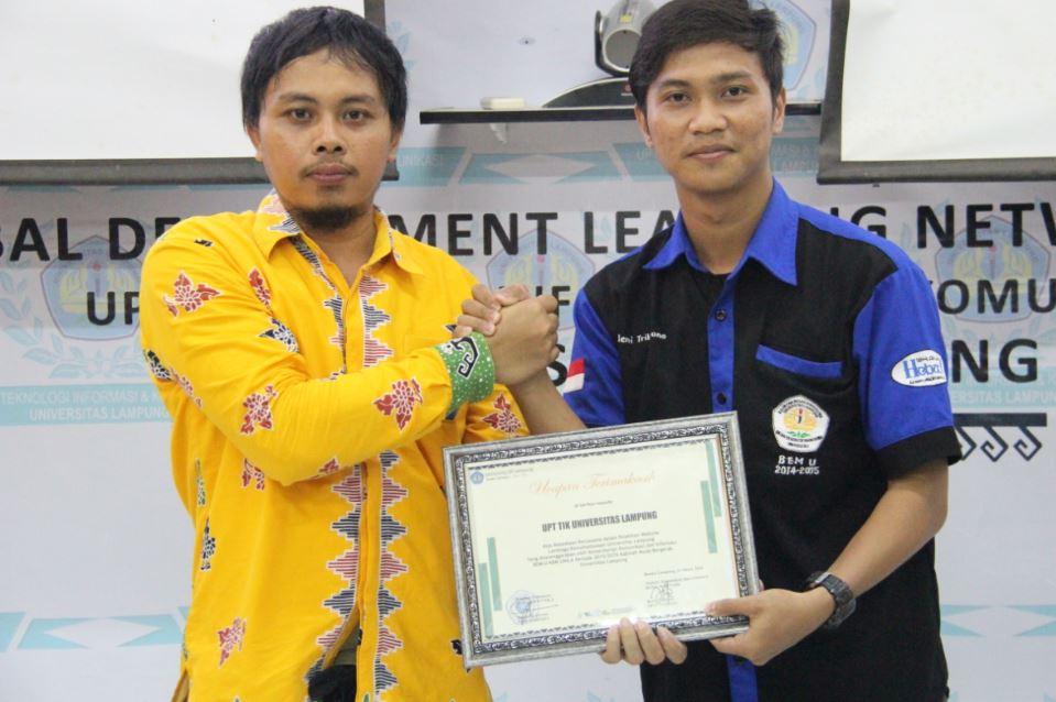 Fasilitasi Pelatihan Website Lembaga Kemahasiswaan Unila