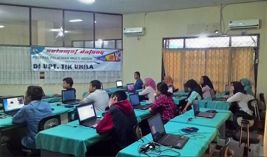 Pelatihan Multimedia Editting Video