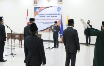 Rektor Unila Lantik13 pejabat baru